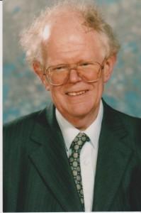 Dr Ian Keil